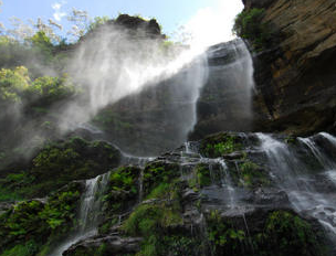 Blue Mountain Small-Group Day Hikes from Sydney