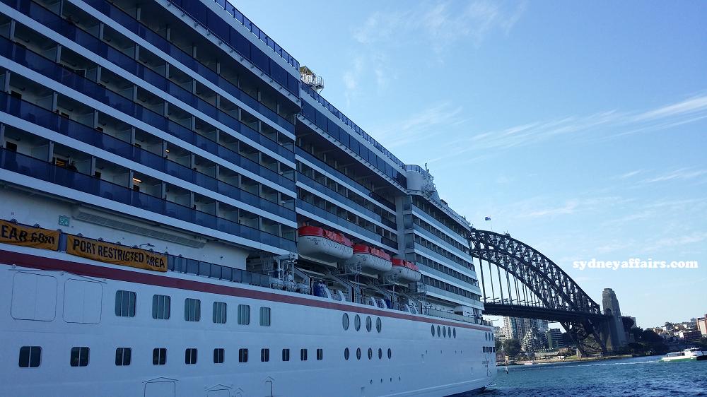 Sydney Harbour Cruise ship photo